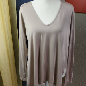 Lush Loose Fit V-Neck Tunic Sz. S
